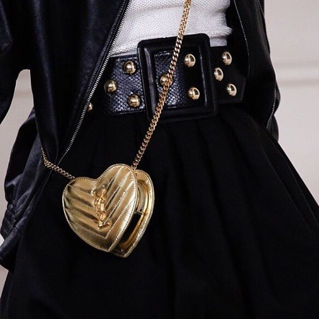 a-closer-look-at-yves-saint-laurent-love-heart-chain-bag-5